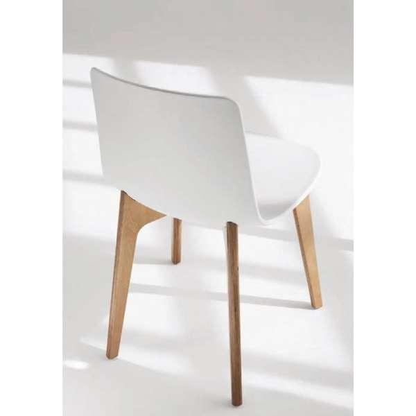 Chaise design en polypropylène et piètement bois Lottus - 3