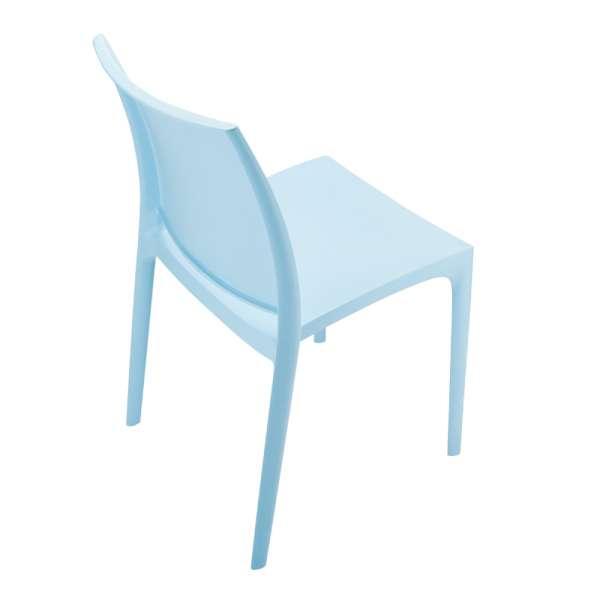 Chaise bleue en plastique - Maya - 23