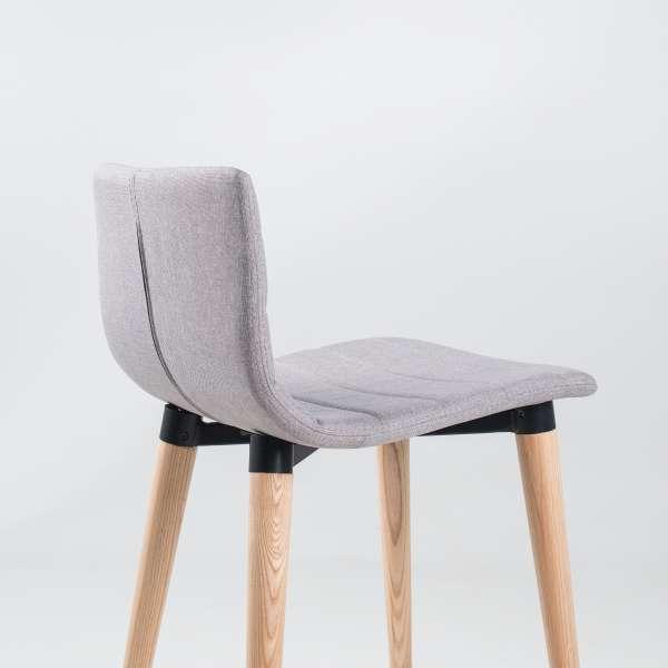 Tabouret hauteur 65 cm en tissu gris clair et bois - Doris - 8