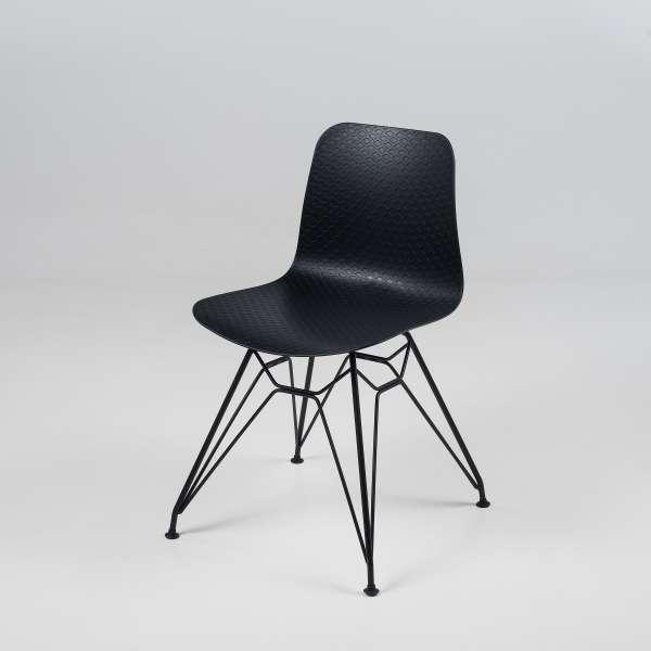 Chaise design en polypropylène noir avec pieds en métal noir - Céleste  - 11