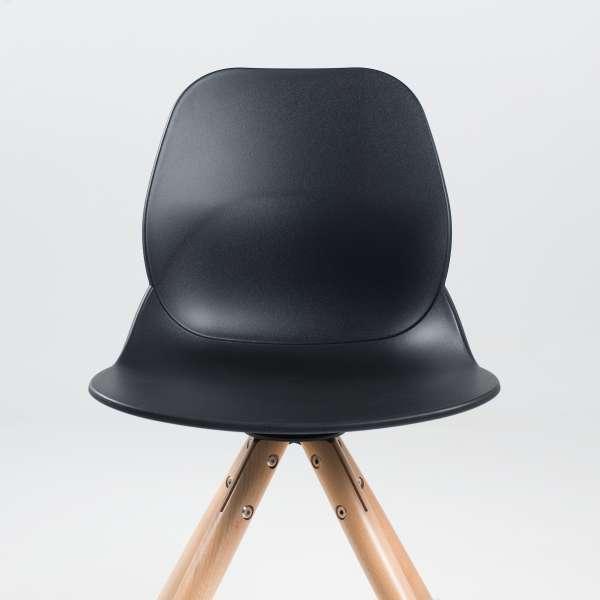 Chaise tendance en polypropylène noir avec pieds en bois naturel - Victoire - 3