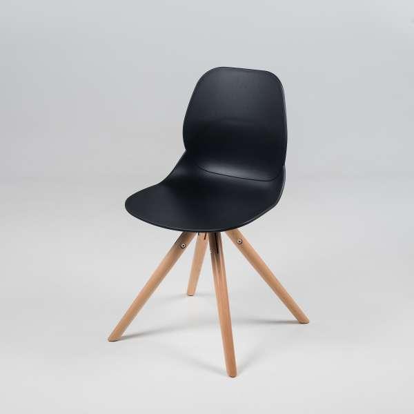 Chaise design en plastique noir avec pieds en bois naturel - Victoire - 2