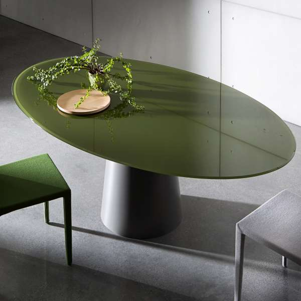 Table design ovale en verre - Totem Sovet® - 1