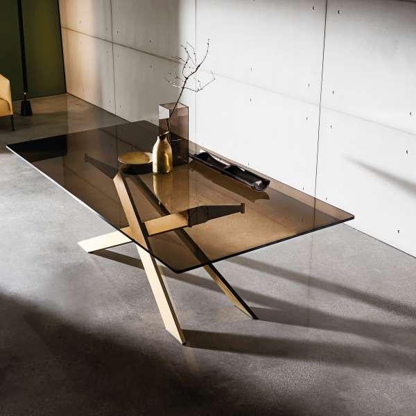 Table de salle à manger design en verre et métal - Cross - 1