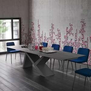 Table design extensible en céramique anthracite et bois laqué gris cendre - Ikarus