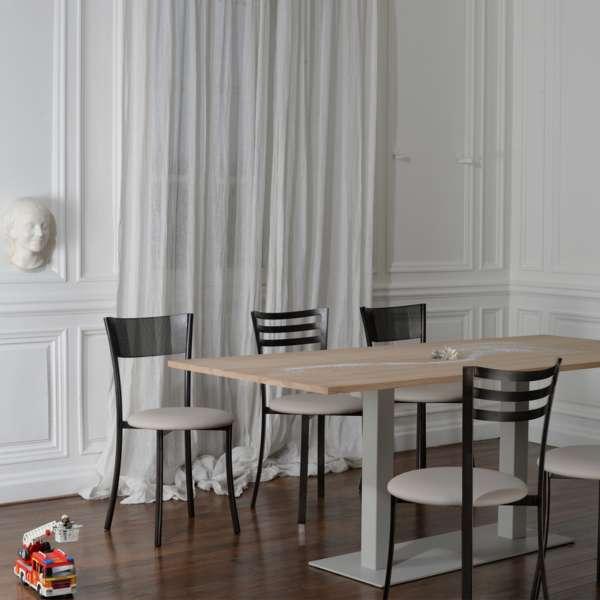 Chaise contemporaine en vinyle et métal dossier ajouré - Wasabi - 6