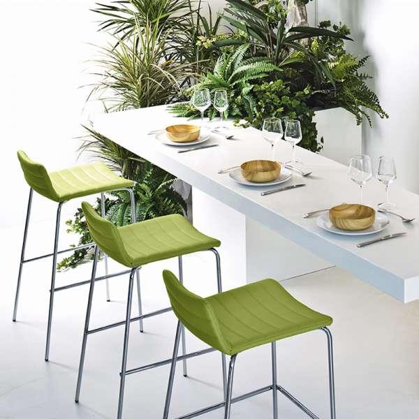 Tabouret snack moderne en synthétique vert et métal chromé - Cover Midj® - 1