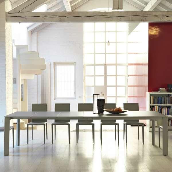 Table ultra extensible en mélaminé et métal - Ghedi Midj® - 1