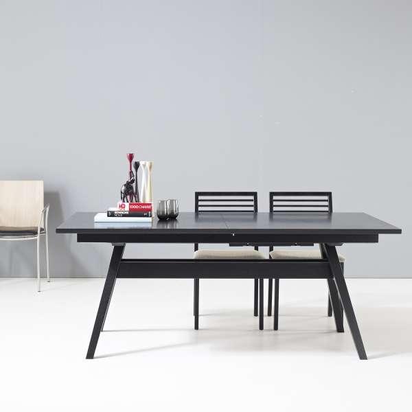 Table scandinave extensible en bois noir avec allonges - SM11 - 1