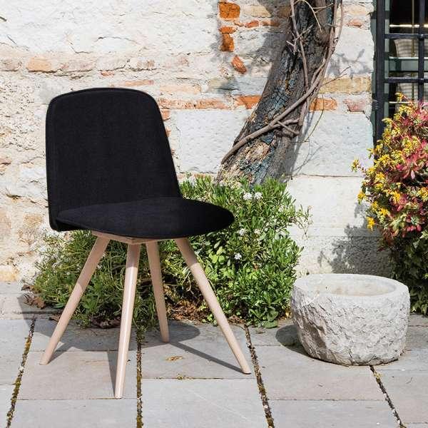 Chaise scandinave en synthétique noir et bois naturel - Molly Wood - 1