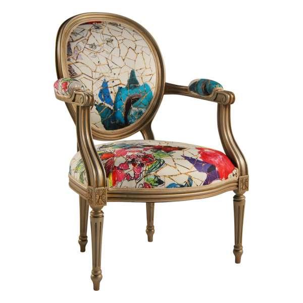 Fauteuil Louis XVI médaillon revisité fabrication française Lacroix tissu roses - Adrien - 1