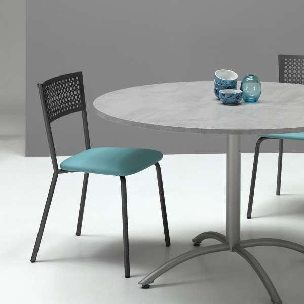Chaise de cuisine avec dossier à motifs et assise synthétique turquoise - Maria - 1