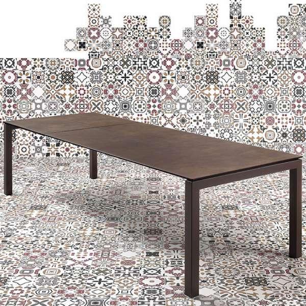Table mobliberica en céramique marron pour salle à manger en céramique - Julia - 1