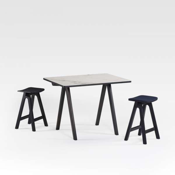 Table haute de designer en céramique et bois de fabrication française - Chevron - 1