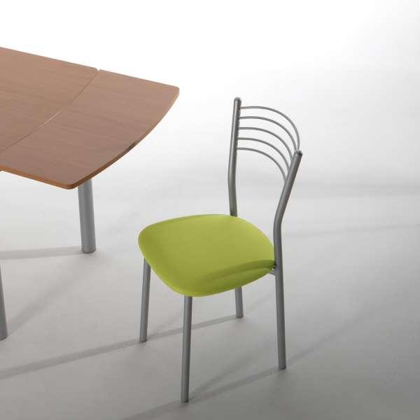 Chaise de cuisine en métal chromé avec assise verte rembourrée - Marta - 1