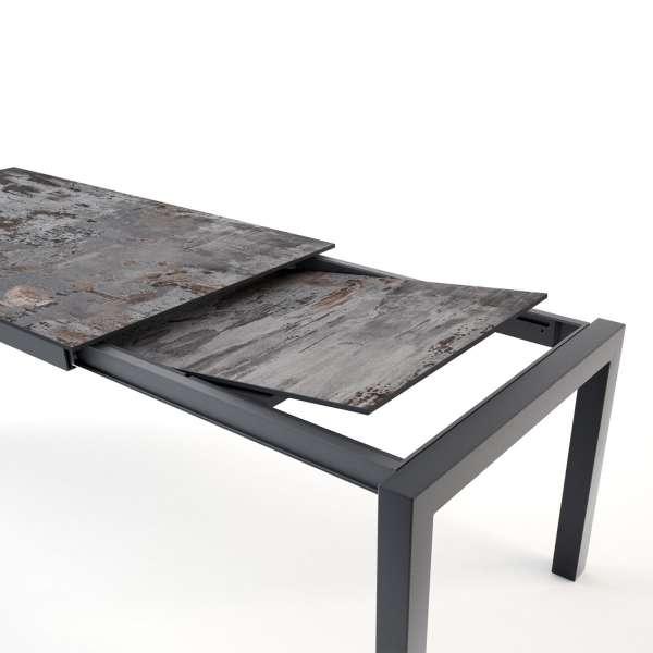 Table en dekton Trilium avec allonge et pieds en métal anthracite - Lakera - 12