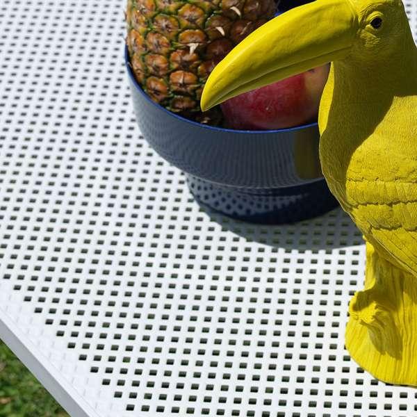Table basse de jardin moderne avec plateau blanc micro-perforé 100 x 60 cm - Net - 5