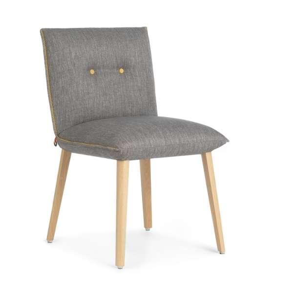 Chaise cocooning en tissu gris avec boutons décoratifs - Soda Mobitec® - 1