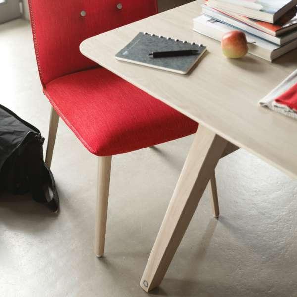 Chaise cocooning en tissu rouge avec boutons décoratifs - Soda Mobitec® - 6