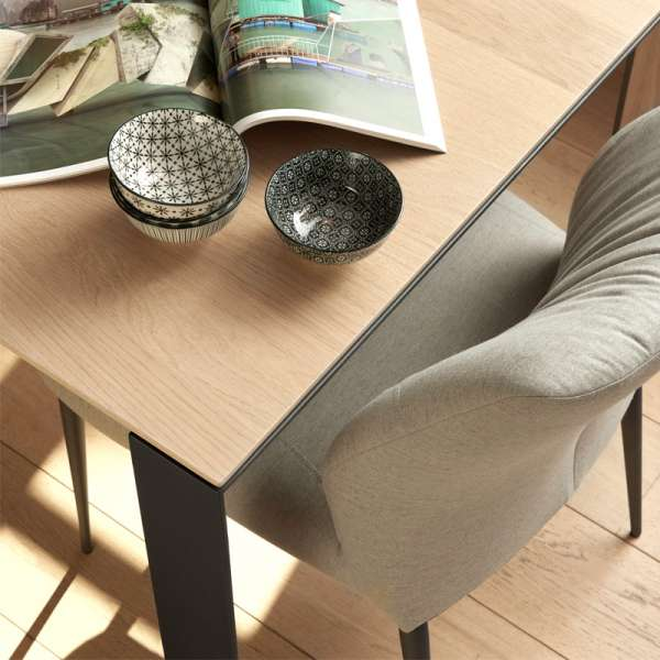 Table en bois marron clair et pieds en métal noir - Oxford Mobitec® - 4