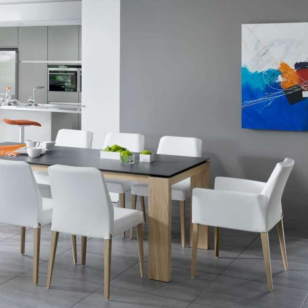 Chaise en tissu blanc et pieds en bois marron clair - Kenzie Mobitec - 5
