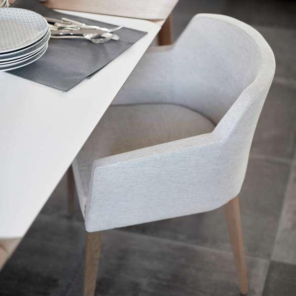 Fauteuil blanc de salle à manger en tissu et bois - Colibri Mobitec - 10