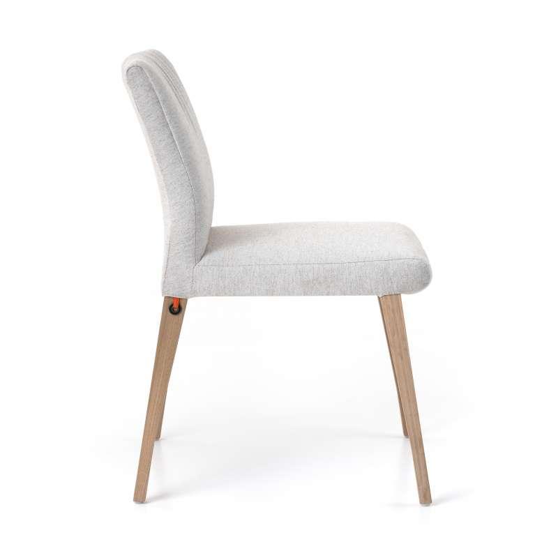 ... Chaise Cocooning En Tissu Plissé Blanc Et Pieds Bois   Pure Comfort  Mobitec®   3 ...