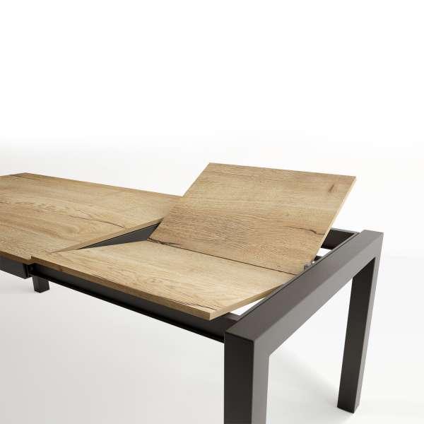 Table avec rallonge en stratifié chêne naturel et pieds en métal anthracite - Tokio - 4