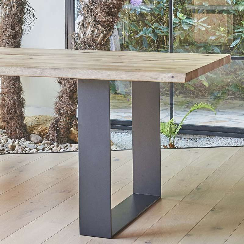 Table Industrielle Rectangulaire En Chene Massif Et Pieds Traineau Carte