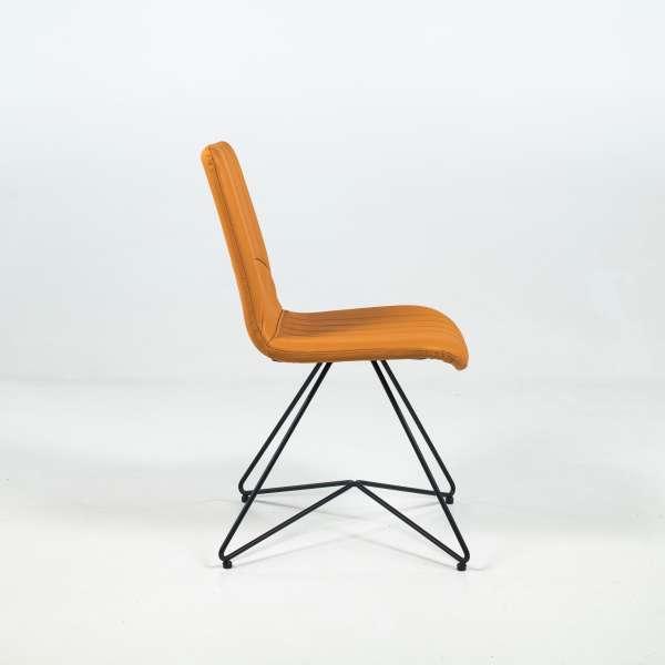Chaise rétro design en cuir jaune et pieds en métal - Akita - 3