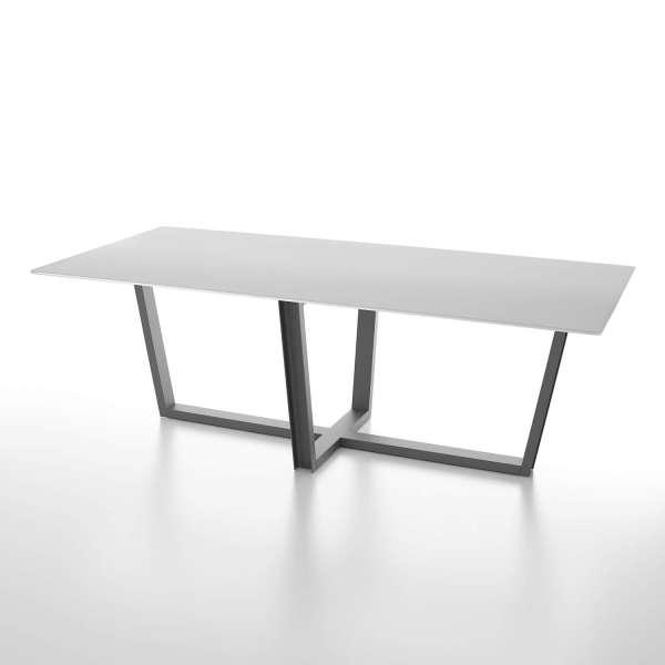 Table design rectangulaire en verre blanc et pieds métalliques modernes - Viktor - 1