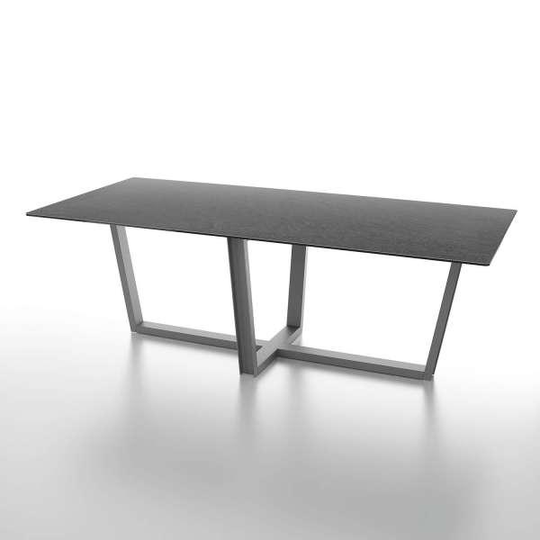 Table rectangulaire design en céramique noire et pieds en métal - Viktor - 1