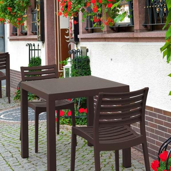 Table de terrasse carrée en polypropylène - Ares - 21