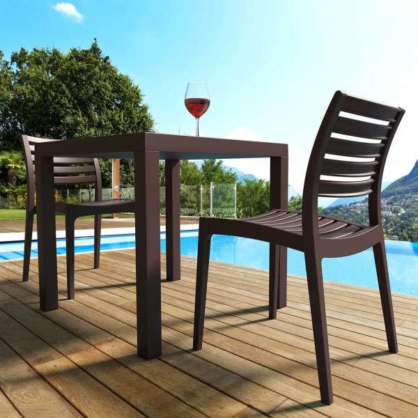 Table de terrasse carrée en polypropylène - Ares - 25