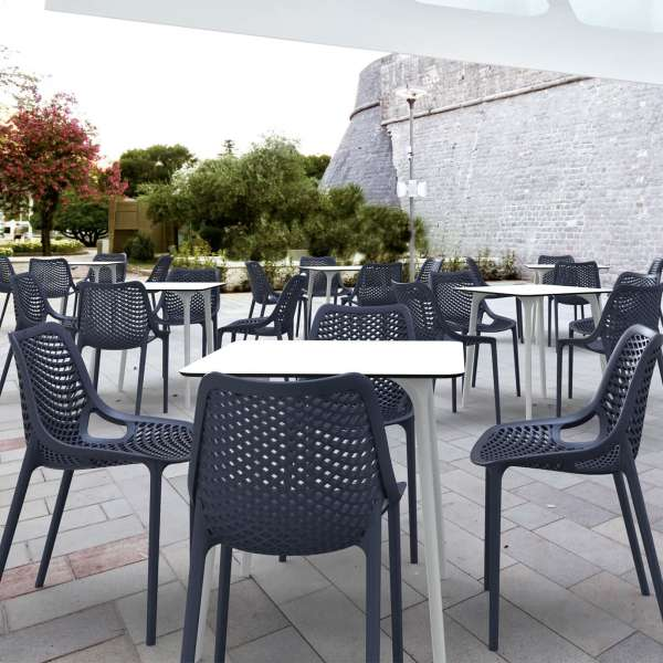 Table design carrée en stratifié - Maya - 7