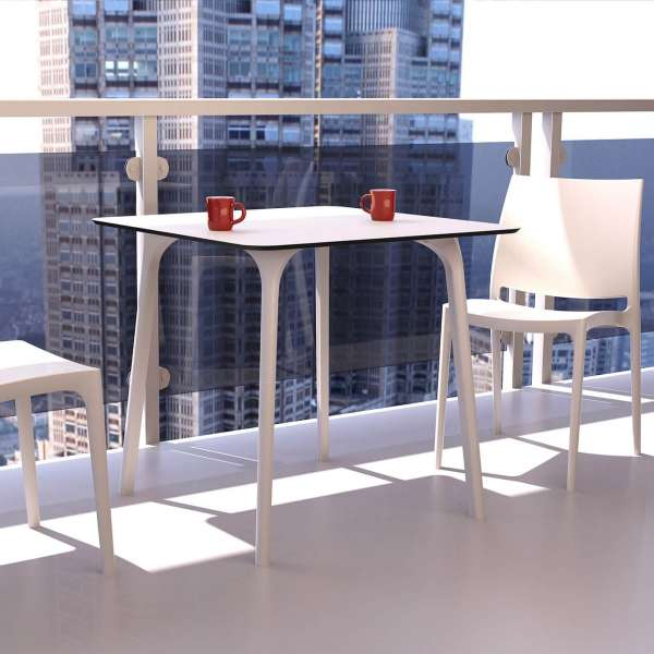 Table design carrée en stratifié - Maya - 13