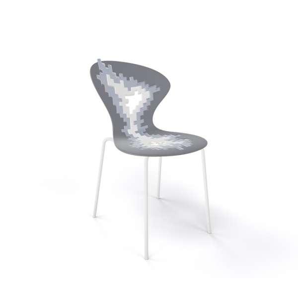 Chaise originale multicolore gris pieds blancs - Big Bang - 18