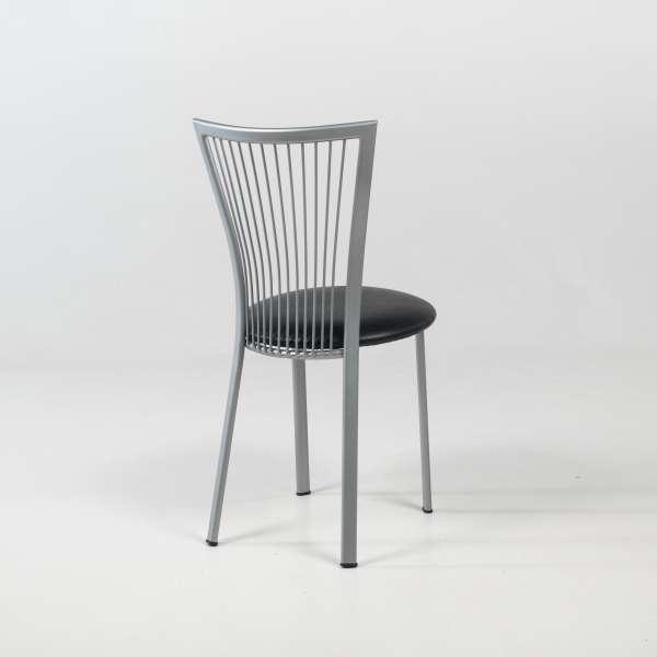 Chaise de cuisine avec assise noire et pieds en métal  - Fanny - 4