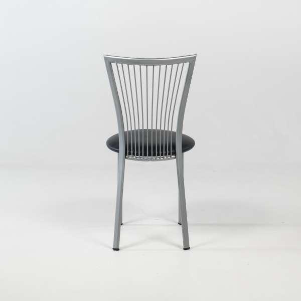 Chaise avec assise noire et pieds en métal alu verni - Fanny - 5