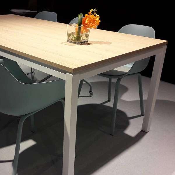 Table de salle à manger en stratifié et pieds en métal - Vicenza - 7