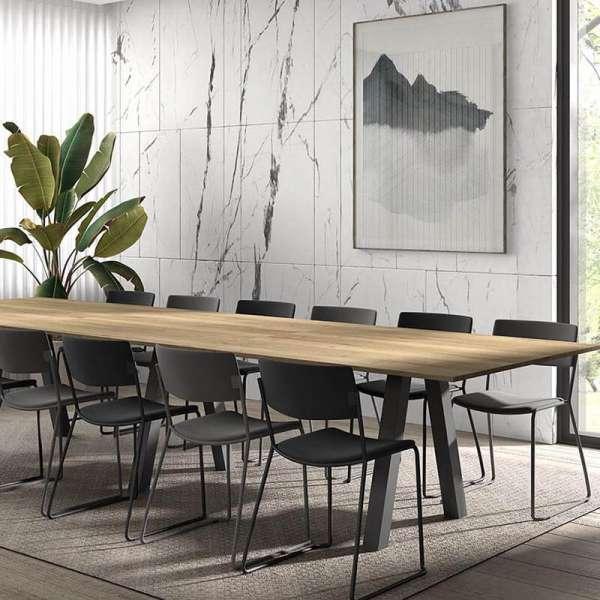 Grande table de séjour en mélaminé avec pieds obliques - Veneto - 5