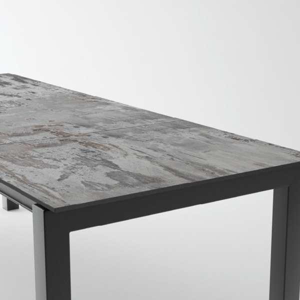 Table en Dekton rectangulaire extensible avec pieds en métal - Lakera - 13