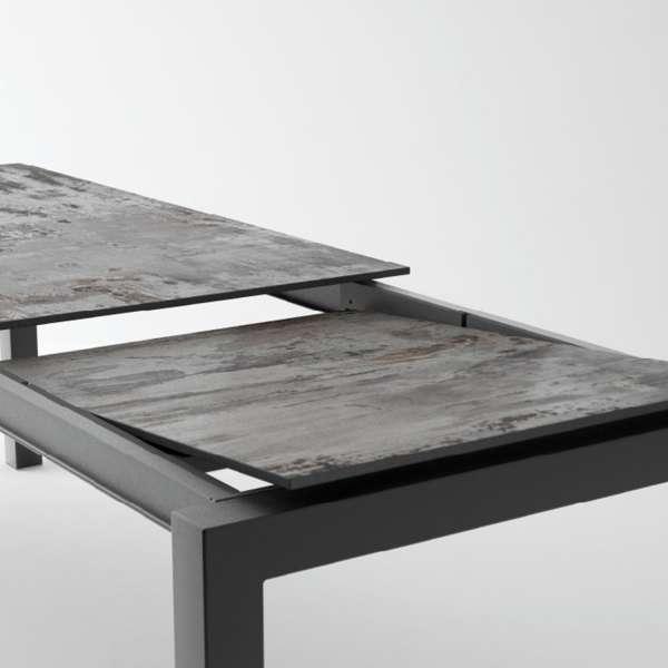 Table en Dekton rectangulaire extensible avec pieds en métal - Lakera 3 - 16