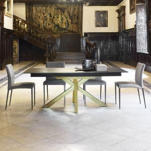 Table design en Dekton avec pieds central - Moon