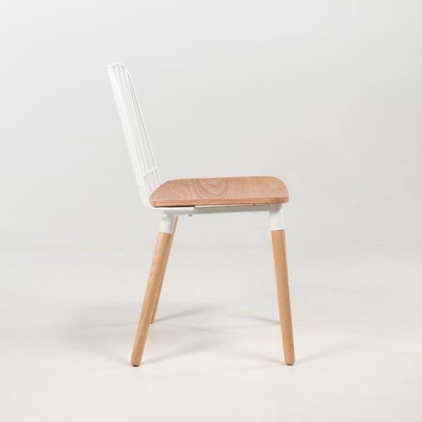 Chaise bohème en métal blanc et bois naturel - Danemark - 3