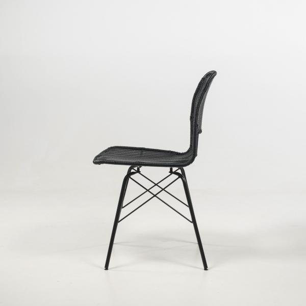 Chaise tressée pieds métal noir - Flores - 12