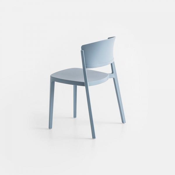 Chaise de terrasse empilable en plastique bleu ciel - Abuela - 4
