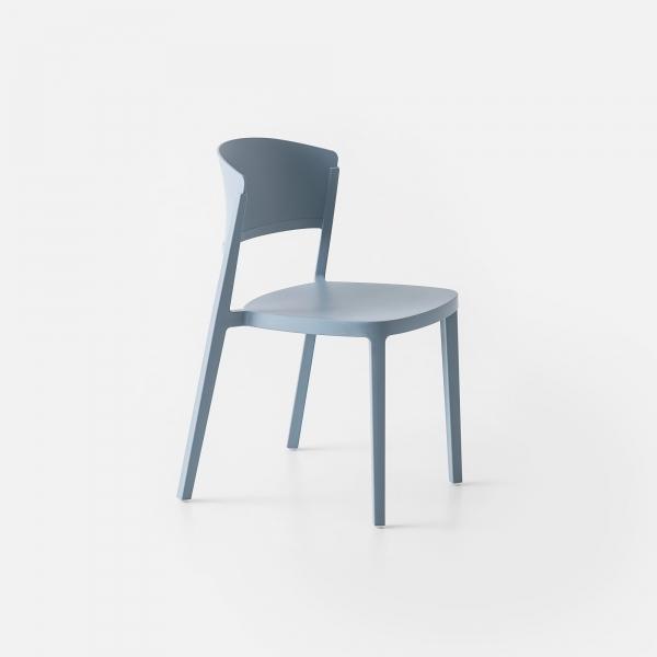 Chaise de jardin empilable en plastique bleu ciel - Abuela - 5