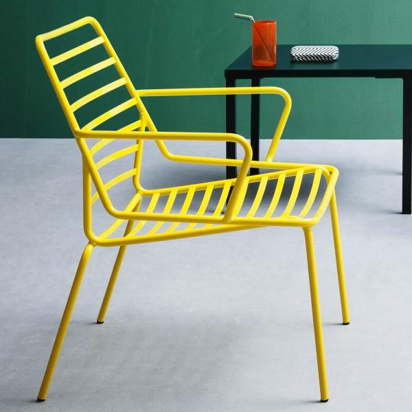 Fauteuil de jardin design en fil métal jaune empilable - Link - 1