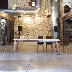 Table moderne extensible en Dekton - Charlotte